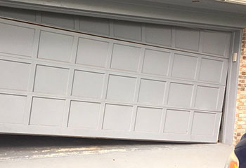 Garage Door Troubleshooting Near Golf | Boynton Beach, FL